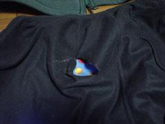 ユニクロフリースのパンツに穴